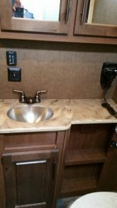 Glacier Peak F30RDS bathroom fixtures