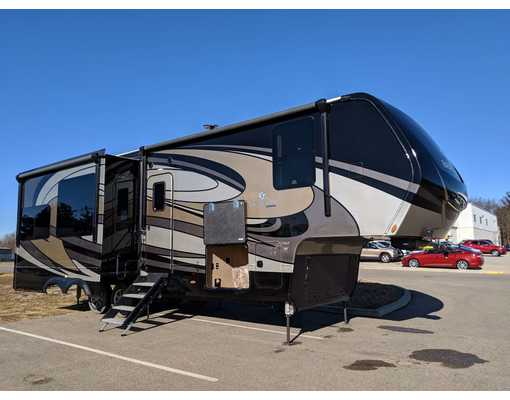 High quality 5th wheel RV trailers. Vanleigh Beacon