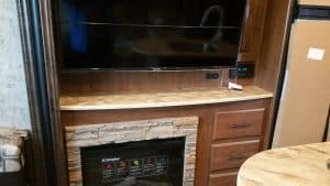 Glacier Peak F30RDS Entertainment Center