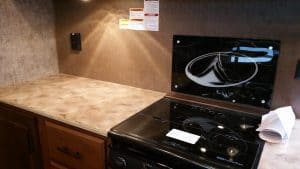 Glacier Peak F30RDS Kitchen